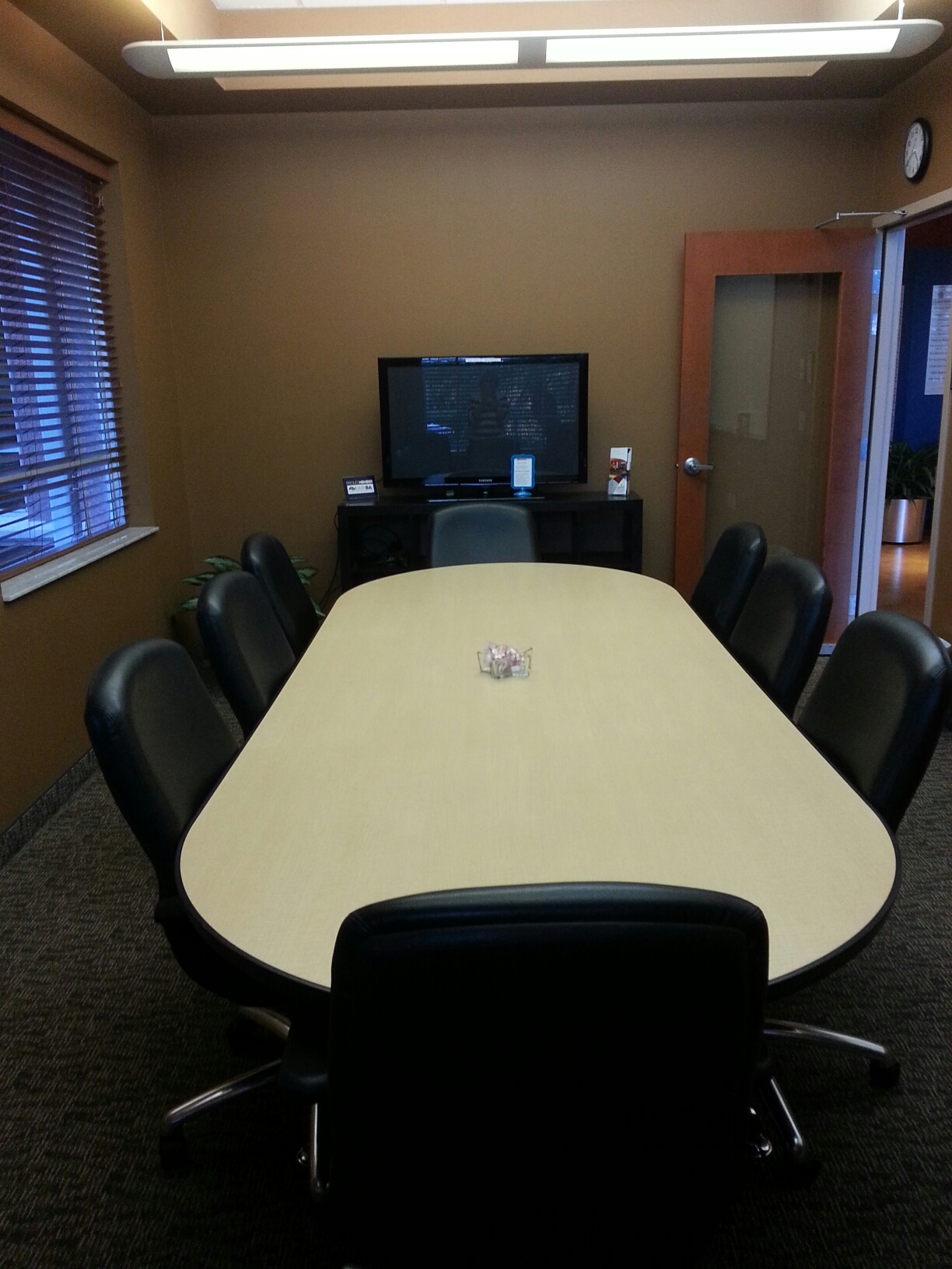 Ways to save money on office rental supplies for Save room net